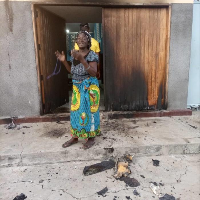 Incendio en la parroquia de San Clemente en la República Democrática del Congo