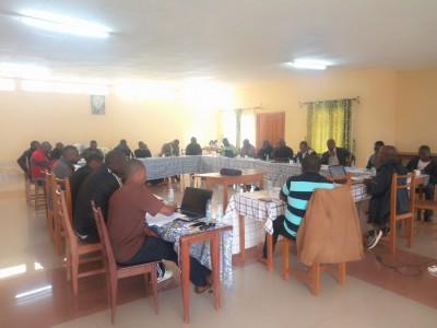 Los Dehonianos en el Camerún en la Escuela de Administración