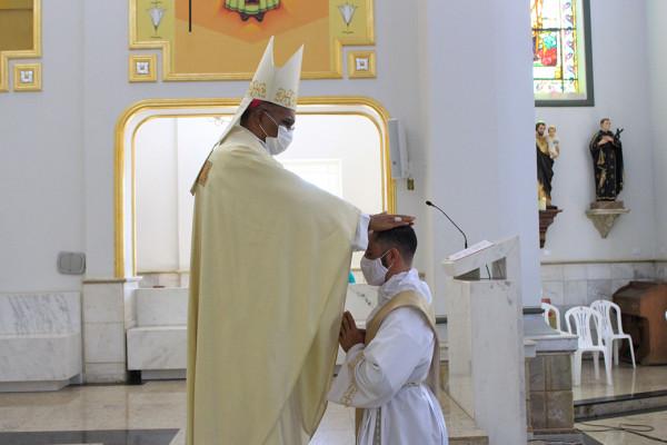 New priest: Fr. Reges Henrique Mercílio