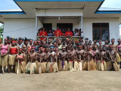 Missione possibile nelle zone remote della Papuasia