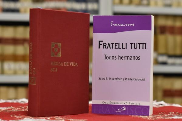 """Trois points communs entre les constitutions SCJ et l'encyclique  """"Fratelli tutti"""""""